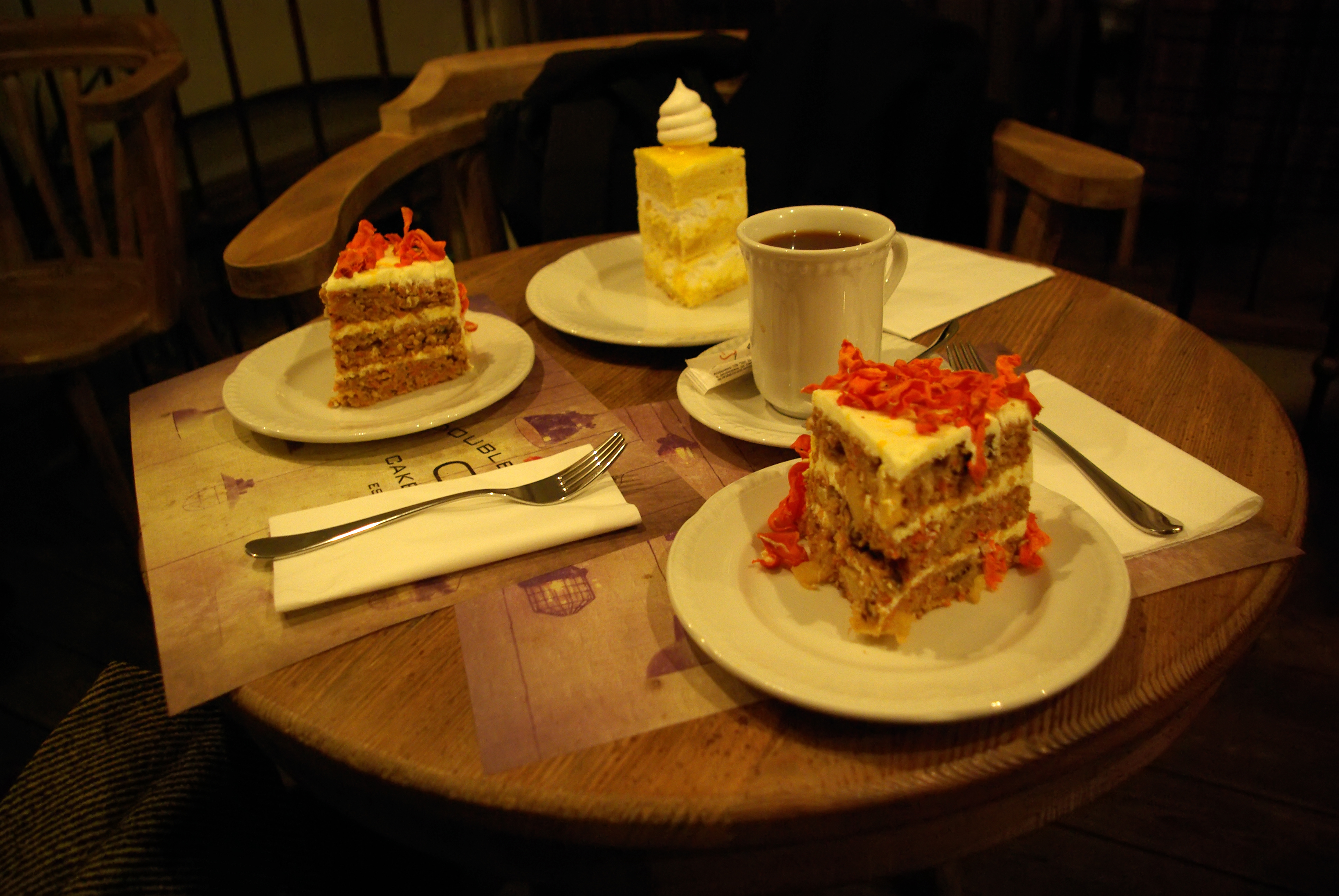DoubleDecker Cake & Coffee
