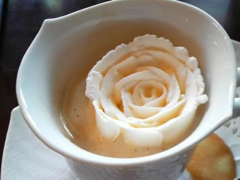 roza-v-glyasse