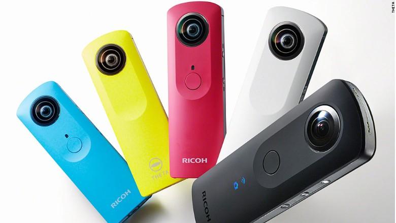 151113135439-coolest-gadgets-theta-ricoh-780x439